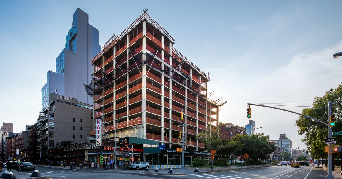 Lower East Side Condo Rising Next To Katz 39 S Deli Tops Out