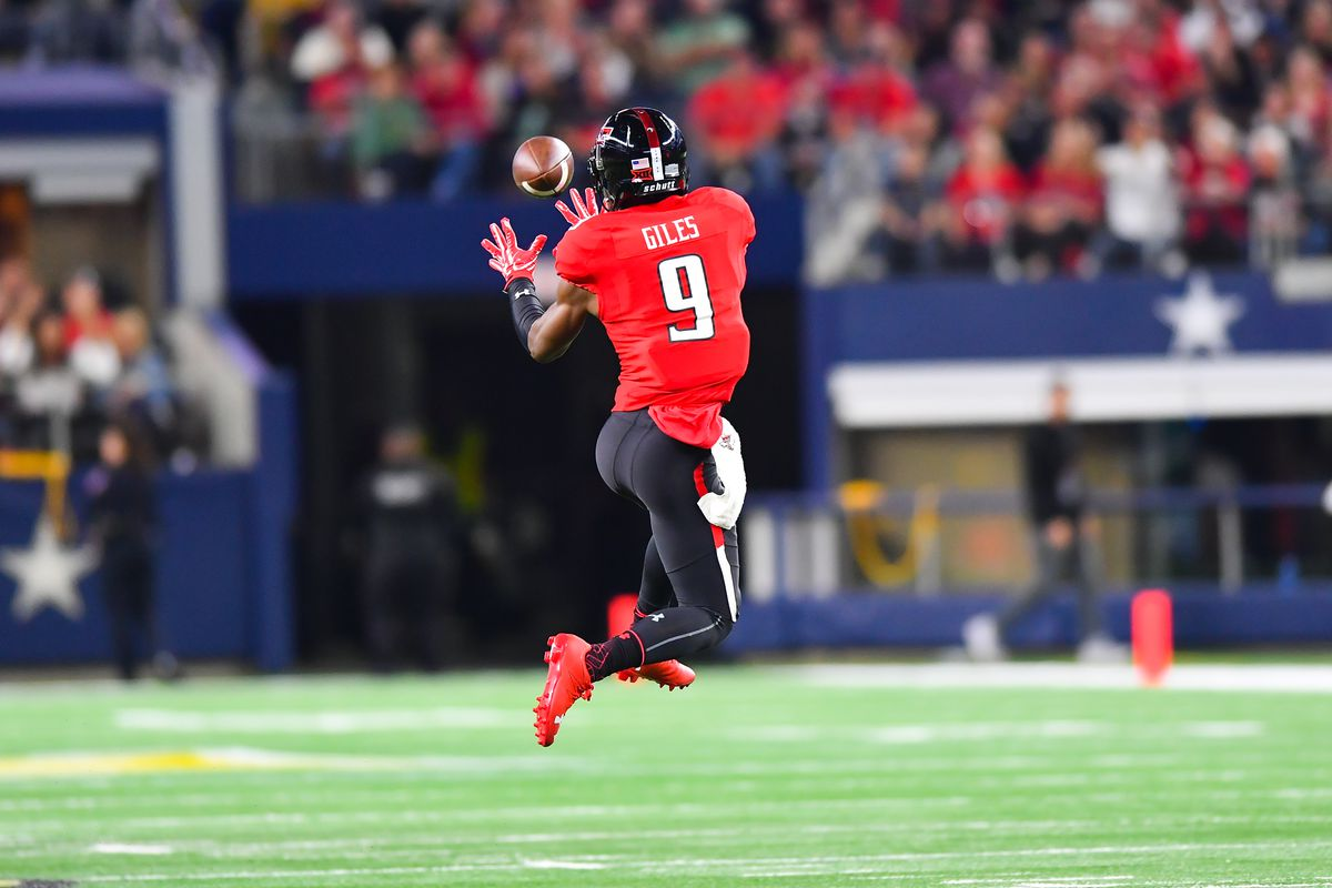 Texas Tech top WR Giles transferring to LSU