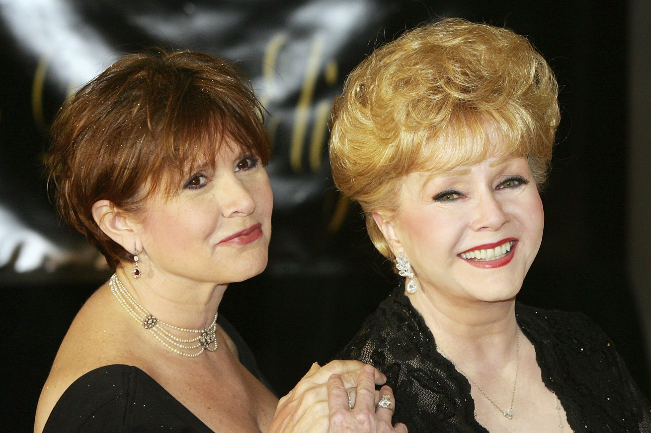 HBO's documentary about Carrie Fisher and Debbie Reynolds will debut January 7th