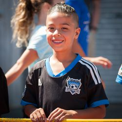 This young Quakes fan looks like Quincy Amarikwa.