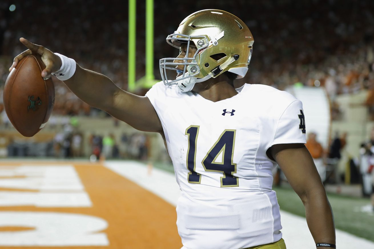 Kizer to start at QB for Irish