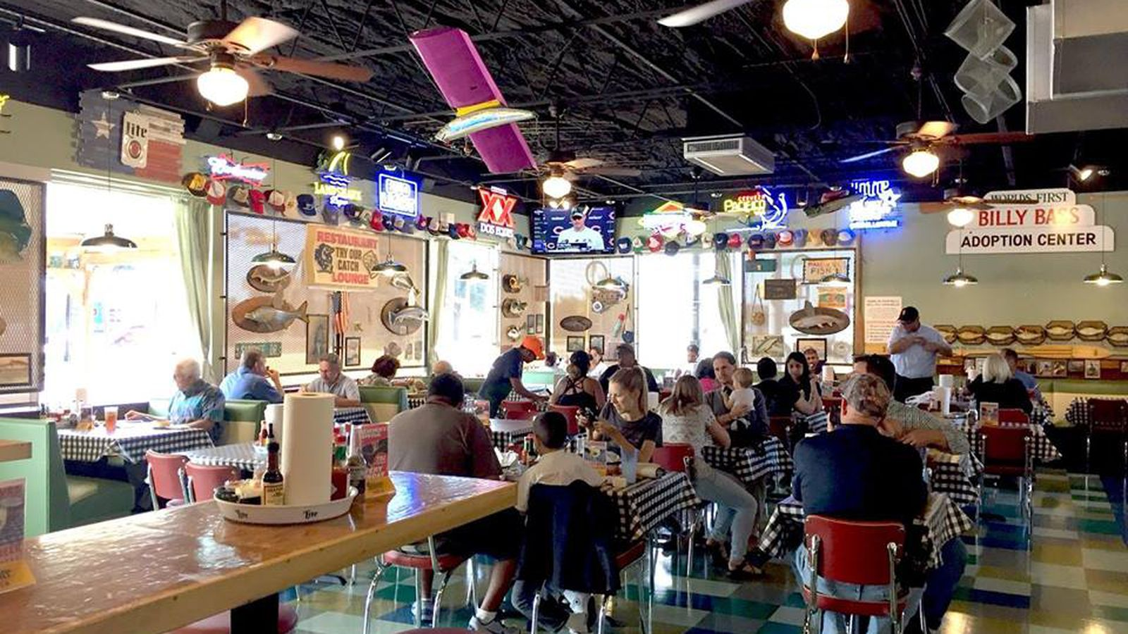 Houston reels in a flying fish location eater houston for Flying fish dallas