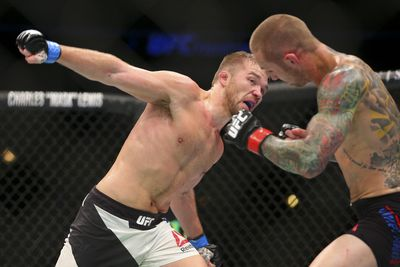 community news, Bryan Caraway cites family reunion, cracked ribs as reasons for turning down Urijah Faber fight