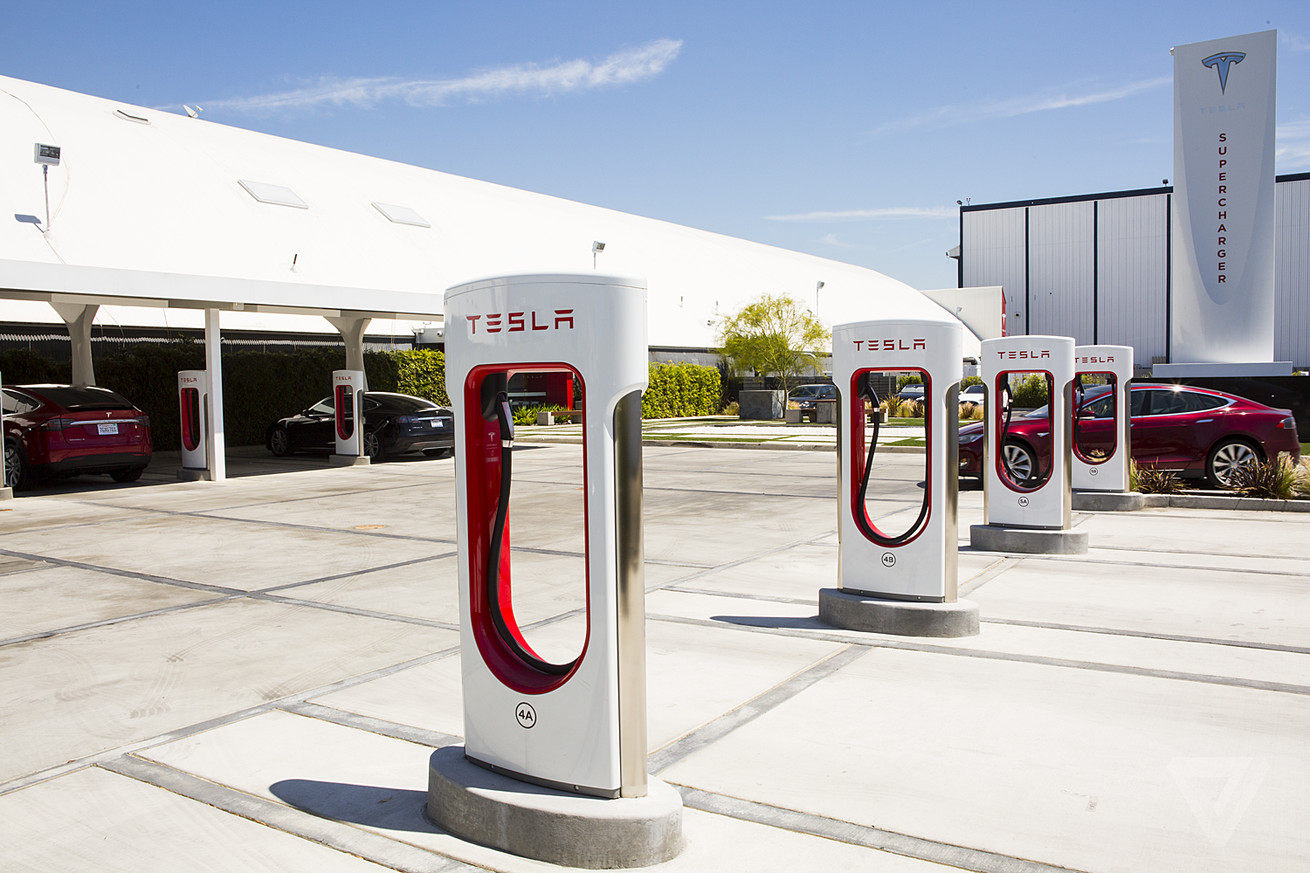 new tesla owners can now get free charging with a referral code