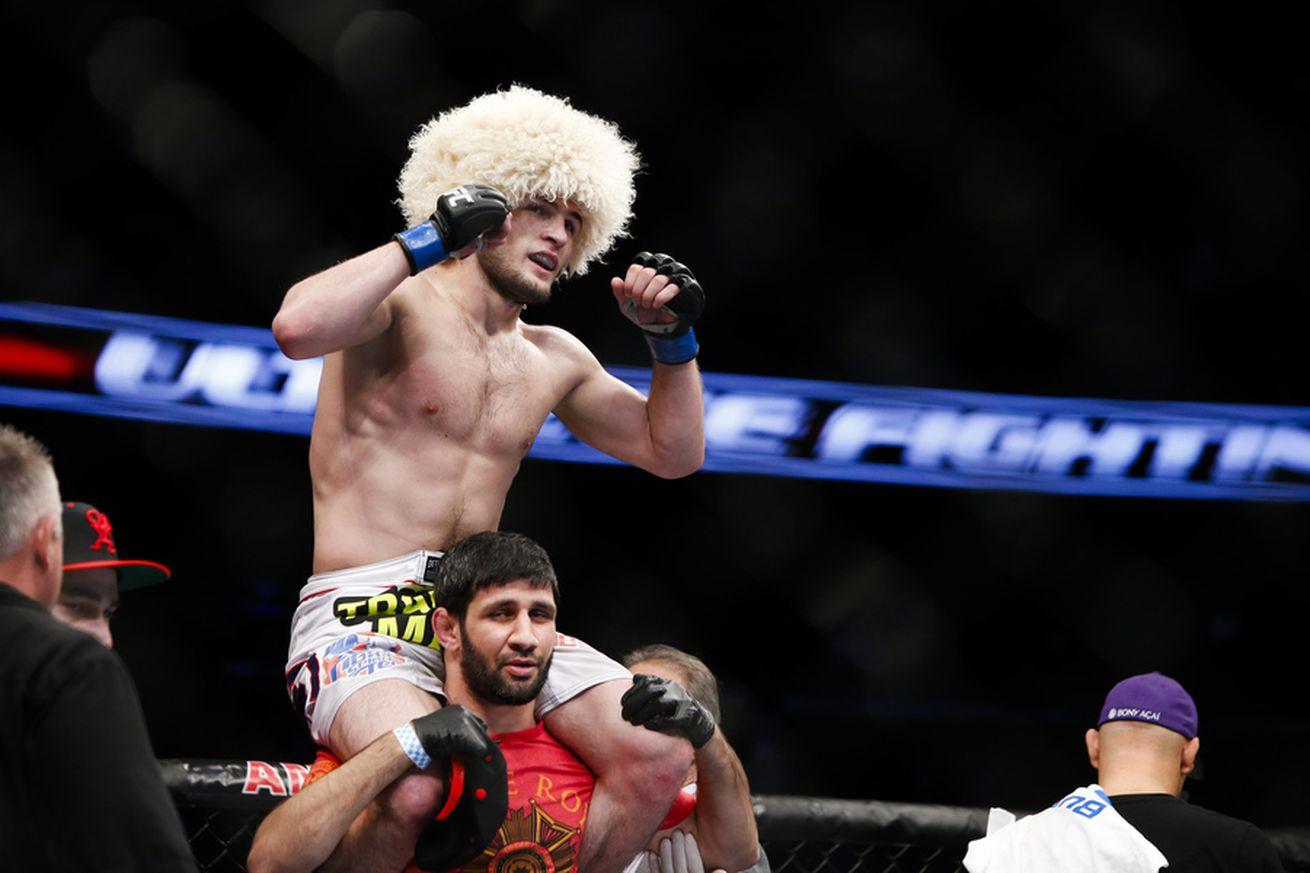 Khabib Nurmagomedov denies eating tiramisu before UFC 209, rebuffs retirement rumors