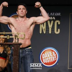 Chael Sonnen poses at Bellator NYC weigh-ins.