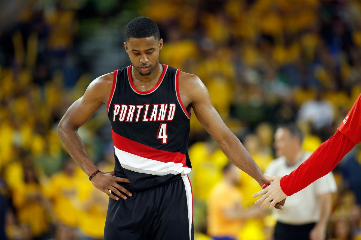 Blazers forward stops shooting 3s - and gets $500K reward