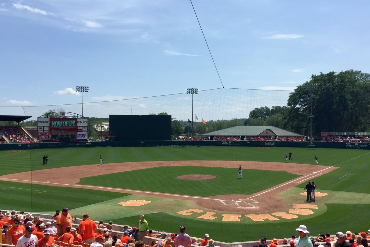No. 2 Cardinals rally past No. 7 Clemson 6-4