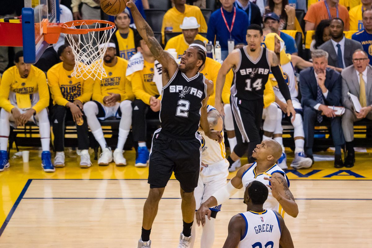 Debate rages on about play that sidelined Spurs' Leonard