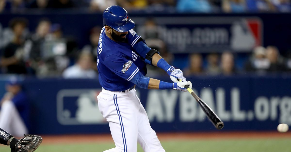 Blue Jays re-sign Jose Bautista to one-year deal