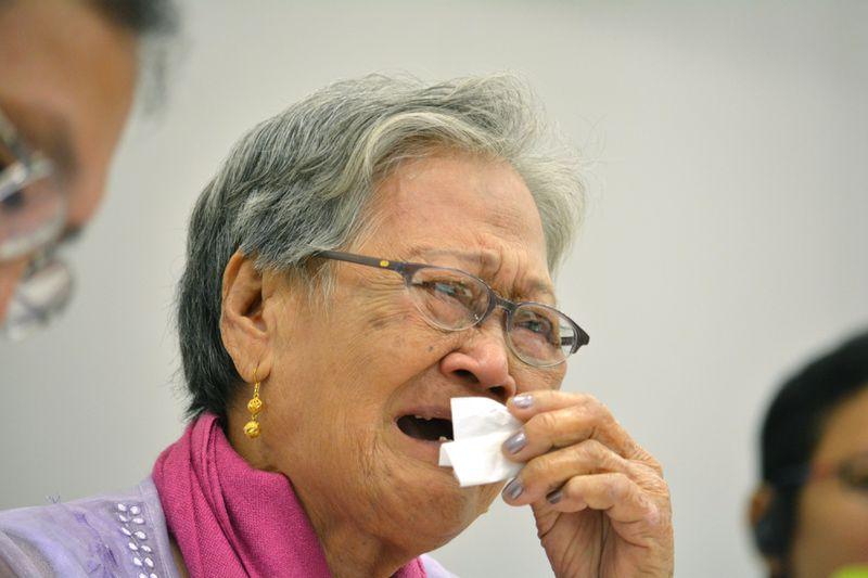 A Korean survivor of wartime Japanese sexual slavery weeps at a conference of survivors (KAZUHIRO NOGI/AFP/Getty)