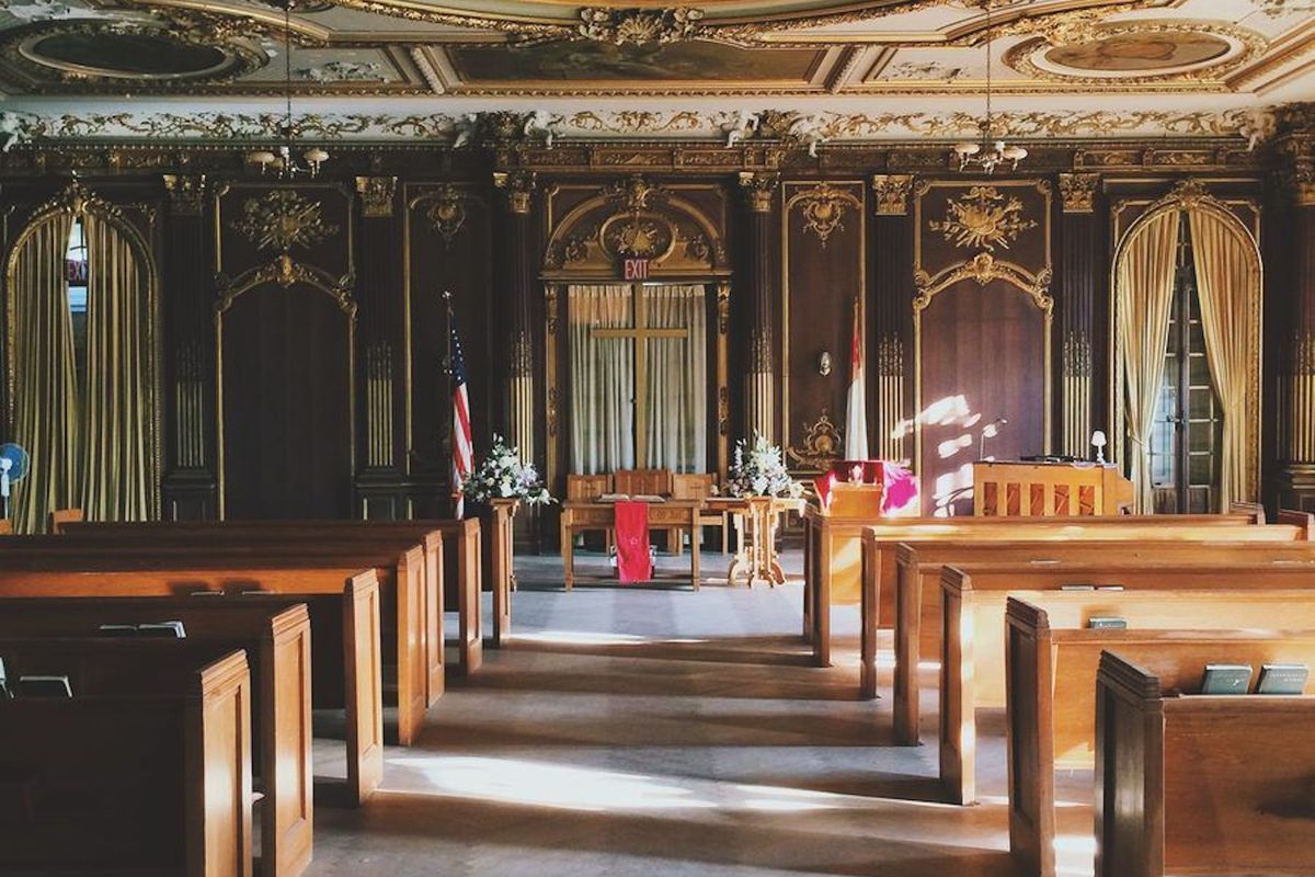 Photos Step Inside The Majestic Lynnewood Hall Curbed