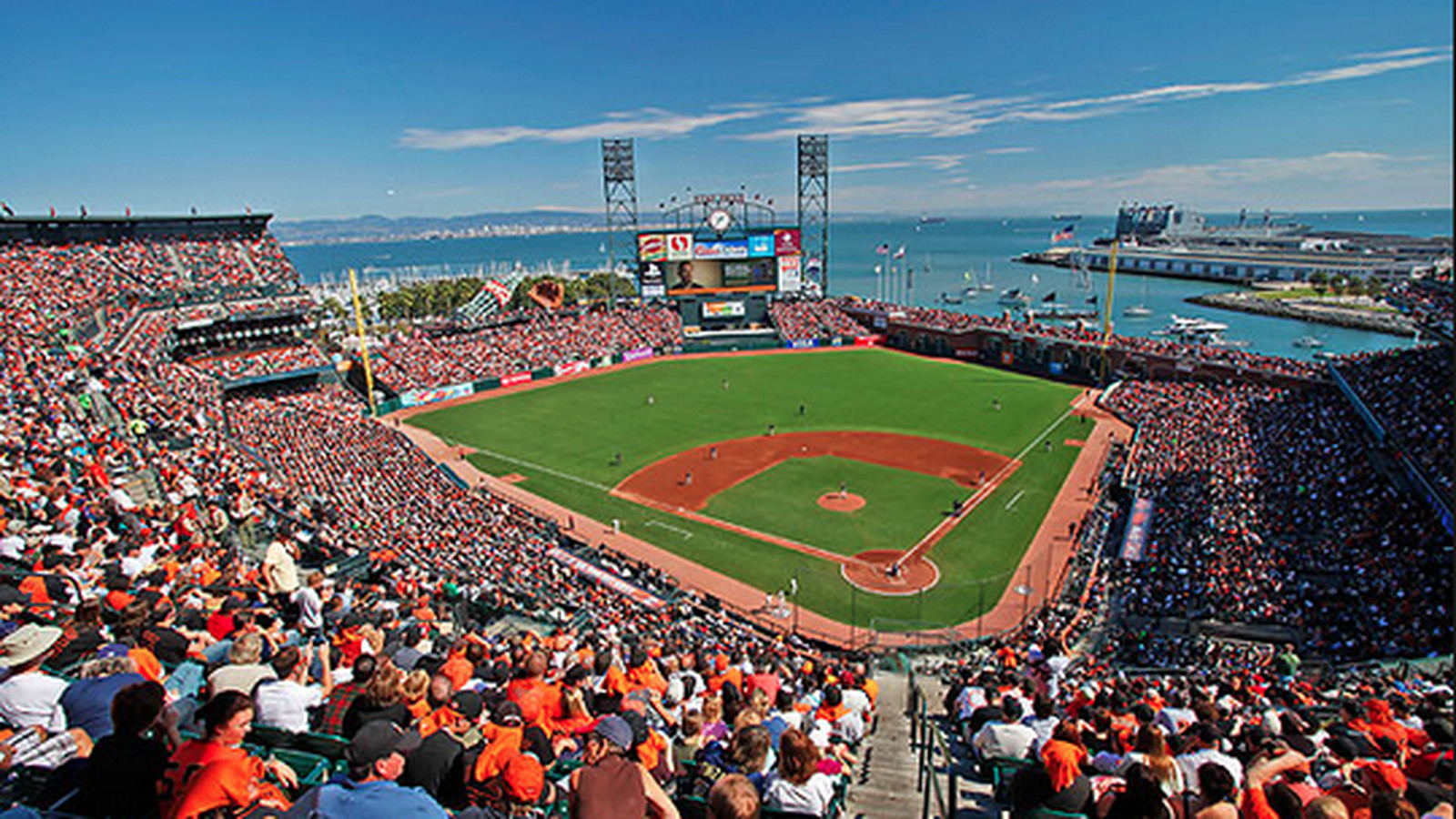 What to eat at at t park home of the giants eater sf for Dining options at at t stadium