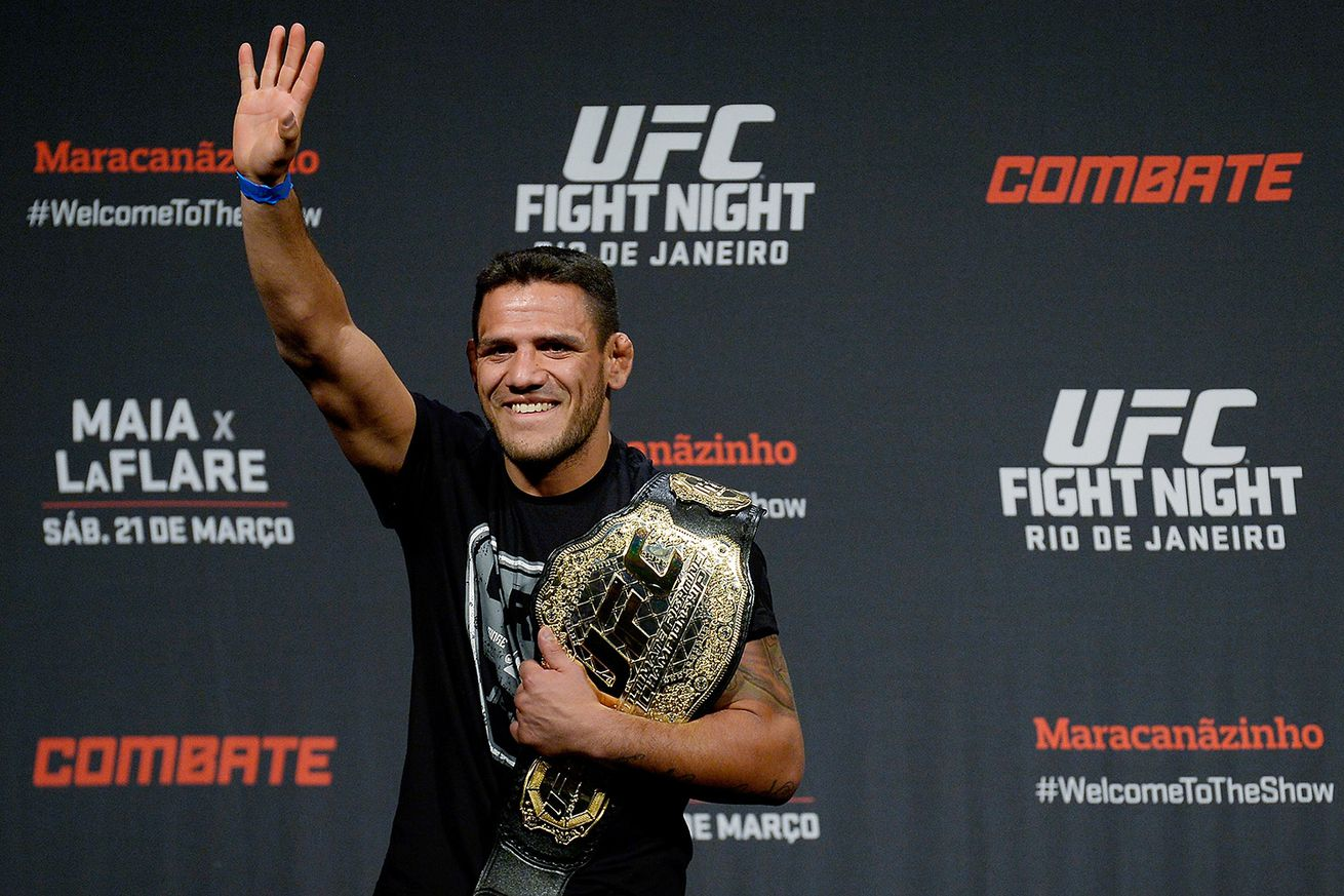 Former UFC champ Rafael dos Anjos announces he is moving to welterweight