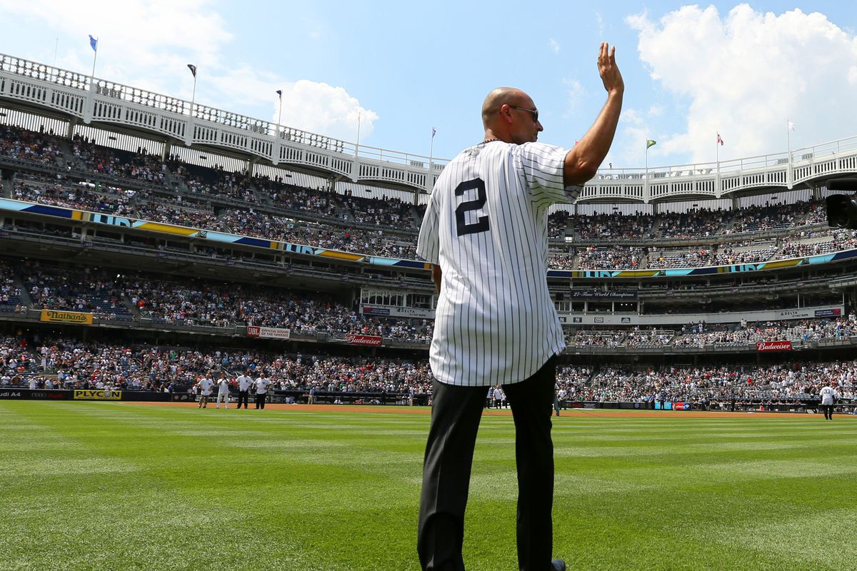 Jeter's No. 2 retired by Yankees; Monument Park plaque unveiled