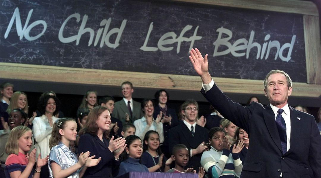 outline no child left behind The no child left behind act, which is often abbreviated as nclb, was proposed by george bush in 2001 and enacted on january 8, 2002 the main purpose of the act is to improve american primary and secondary schools performance.