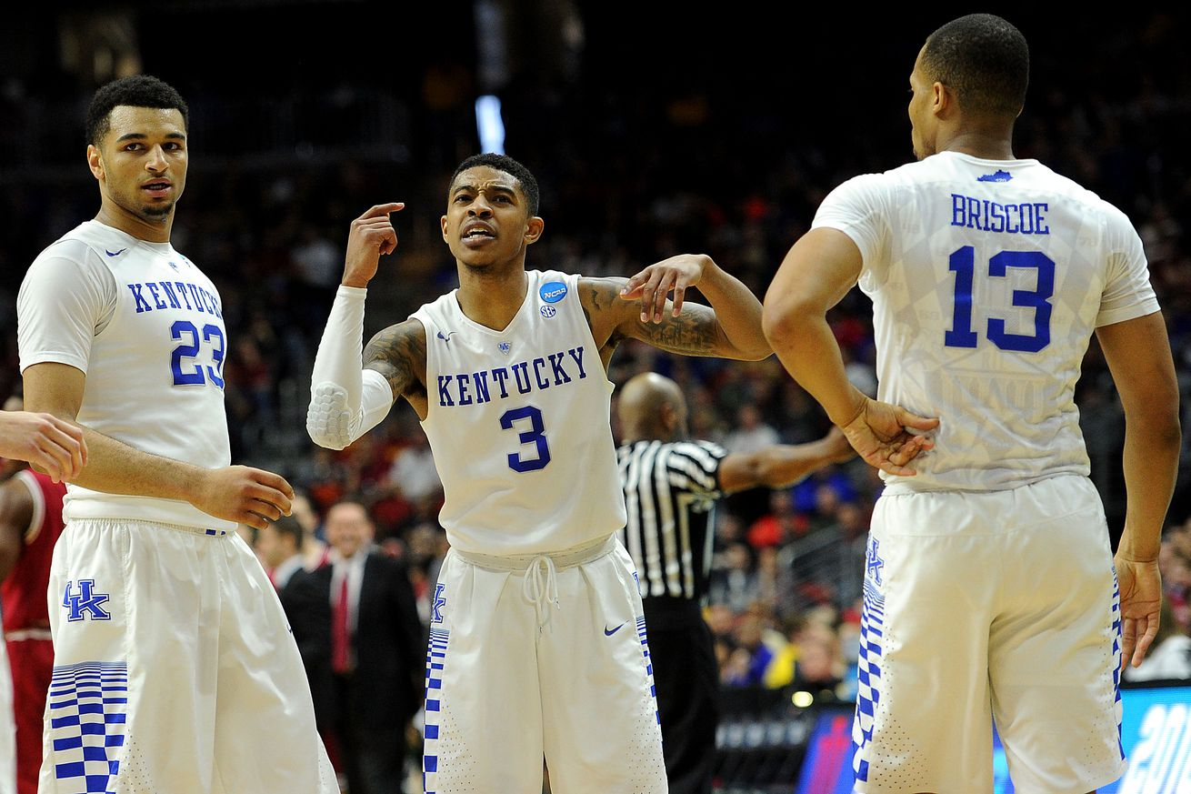 Kentucky Basketball Wildcats Have Two Usa Today: Kentucky Wildcats Basketball: Will They Stay Or Will They