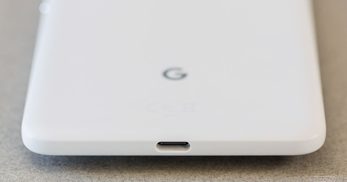 The Pixel's missing headphone jack proves Apple was right
