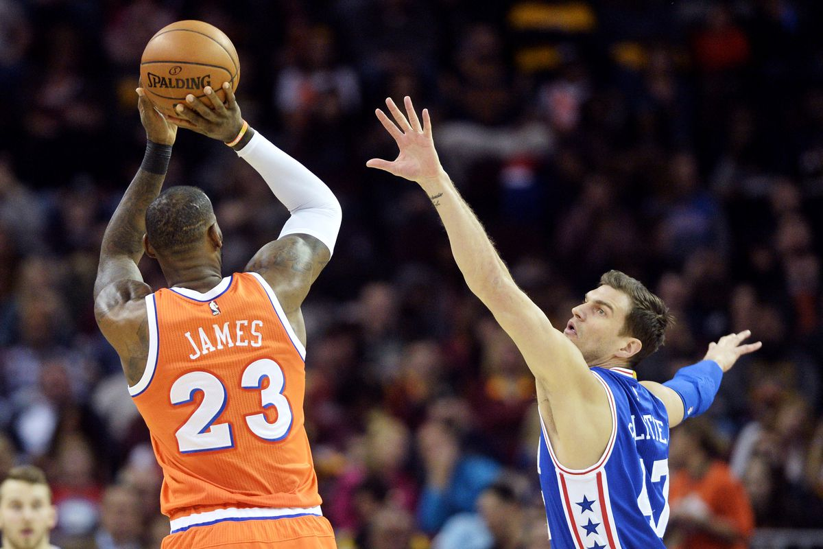 James passes O'Neal for seventh on National Basketball Association scoring list