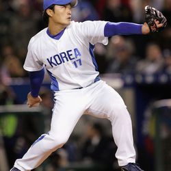 Seung-Hwan Oh and Dae-Ho Lee are the only two team Korea members with big league experience.