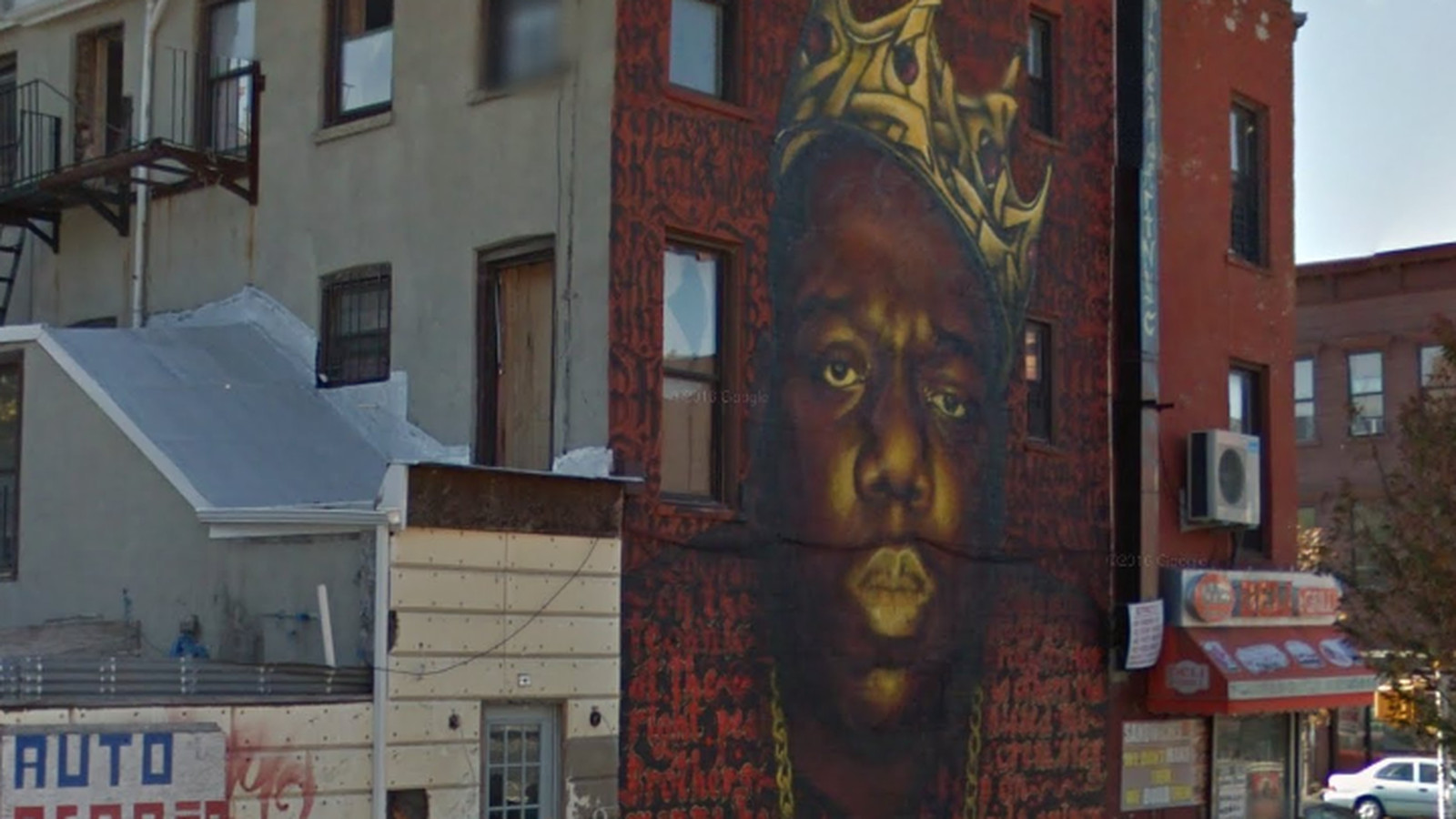 The notorious b i g mural in bed stuy won t come down for Biggie smalls mural brooklyn
