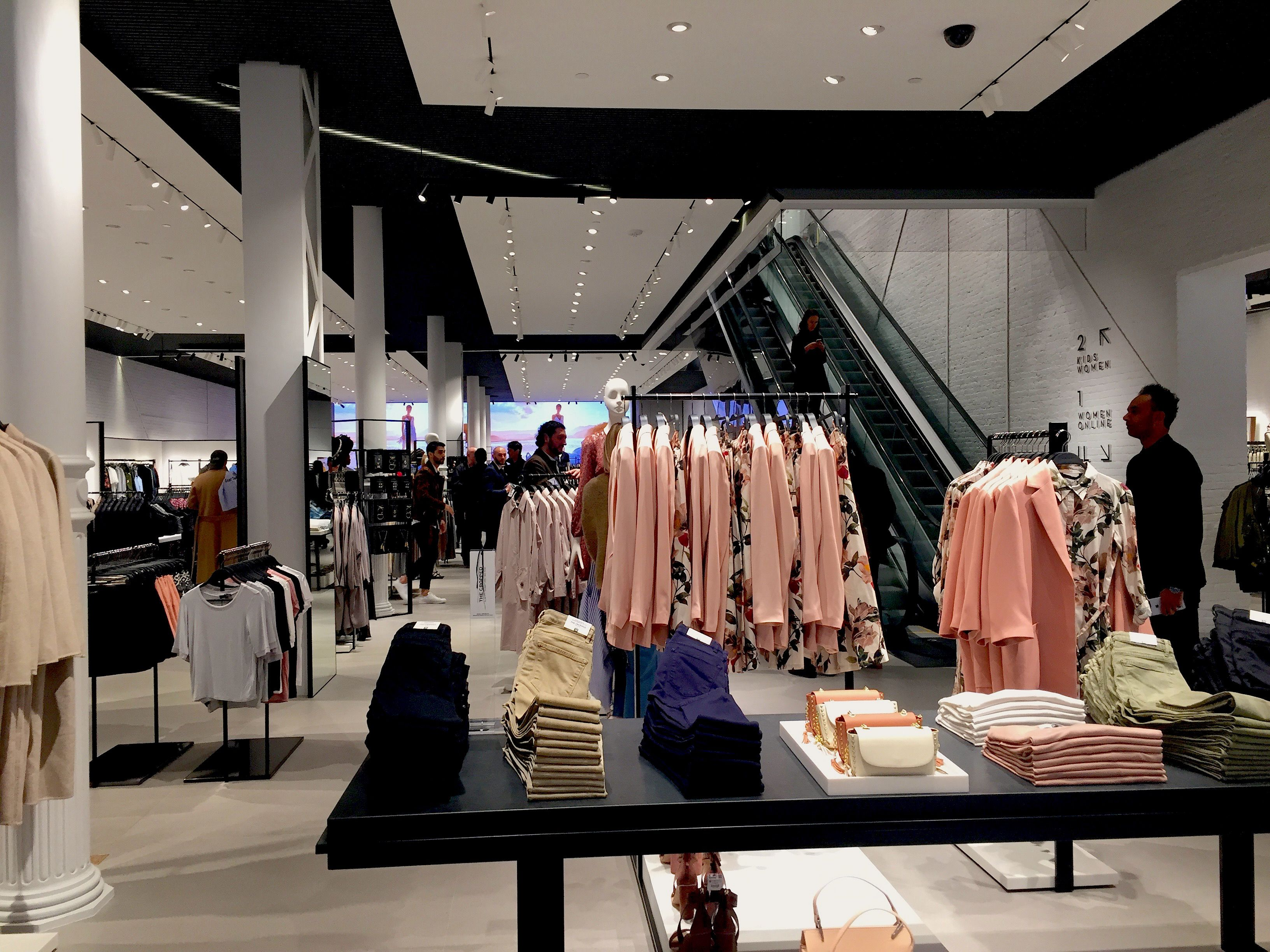 Zara Soho New York >> Which Zara Store Is NYC's Best? - Racked NY