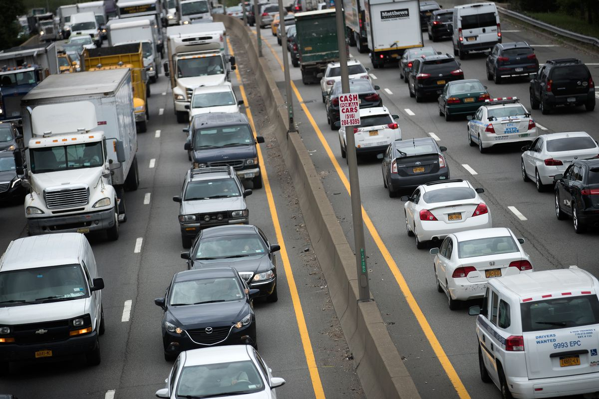 Manufacturers to begin driverless car tests on NY roads