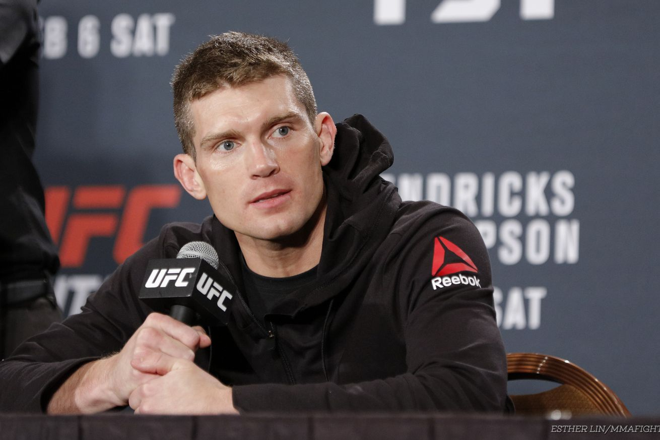 Stephen Thompson says Tyron Woodley 'isn't acting like a champion'