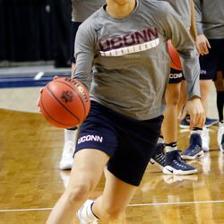 UConn's Kia Nurse dribbles during a drill during their Sweet 16 practice.<br>