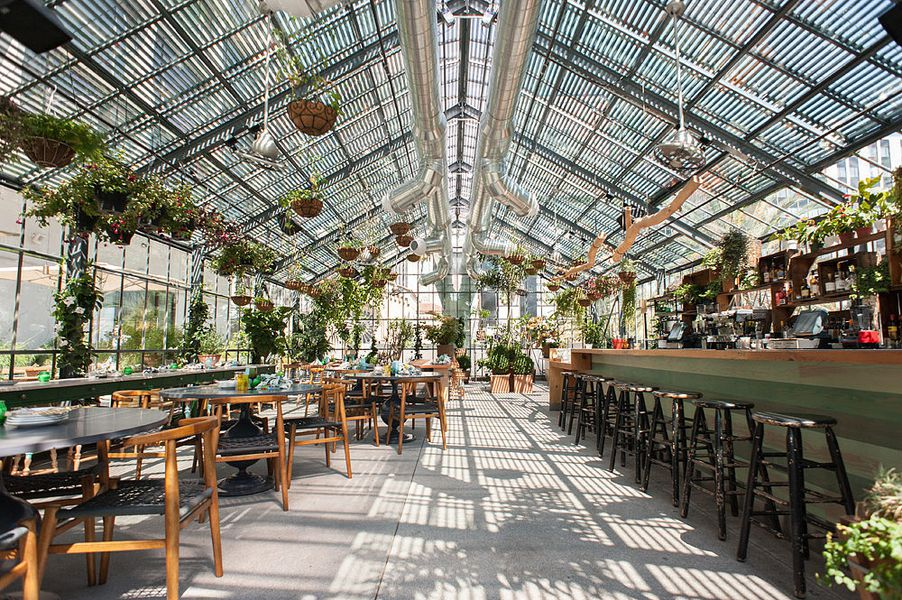 Commissary a high low koreatown country club eater la for Line hotel los angeles