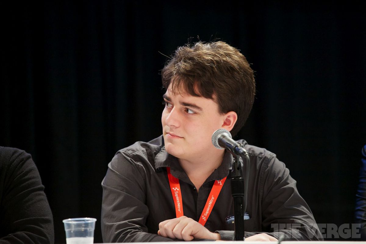 Oculus Co-Founder Palmer Luckey Out at Facebook