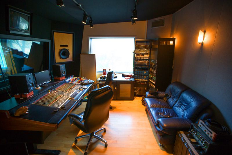 Groovy Inside The Underground World Of Las Home Recording Studios Largest Home Design Picture Inspirations Pitcheantrous