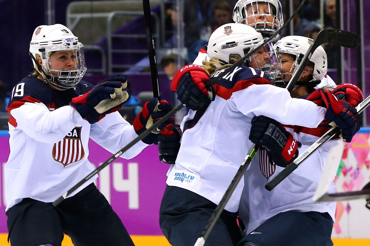 USA Hockey, women's players to meet Monday to discuss wage dispute