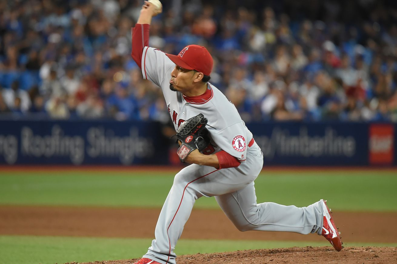 Mets acquire Fernando Salas from Angels for Erik Manoah