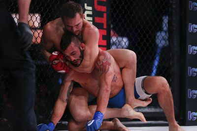 Bellator 138 results and GIFs: Chandler and Straus dominate in early main card action