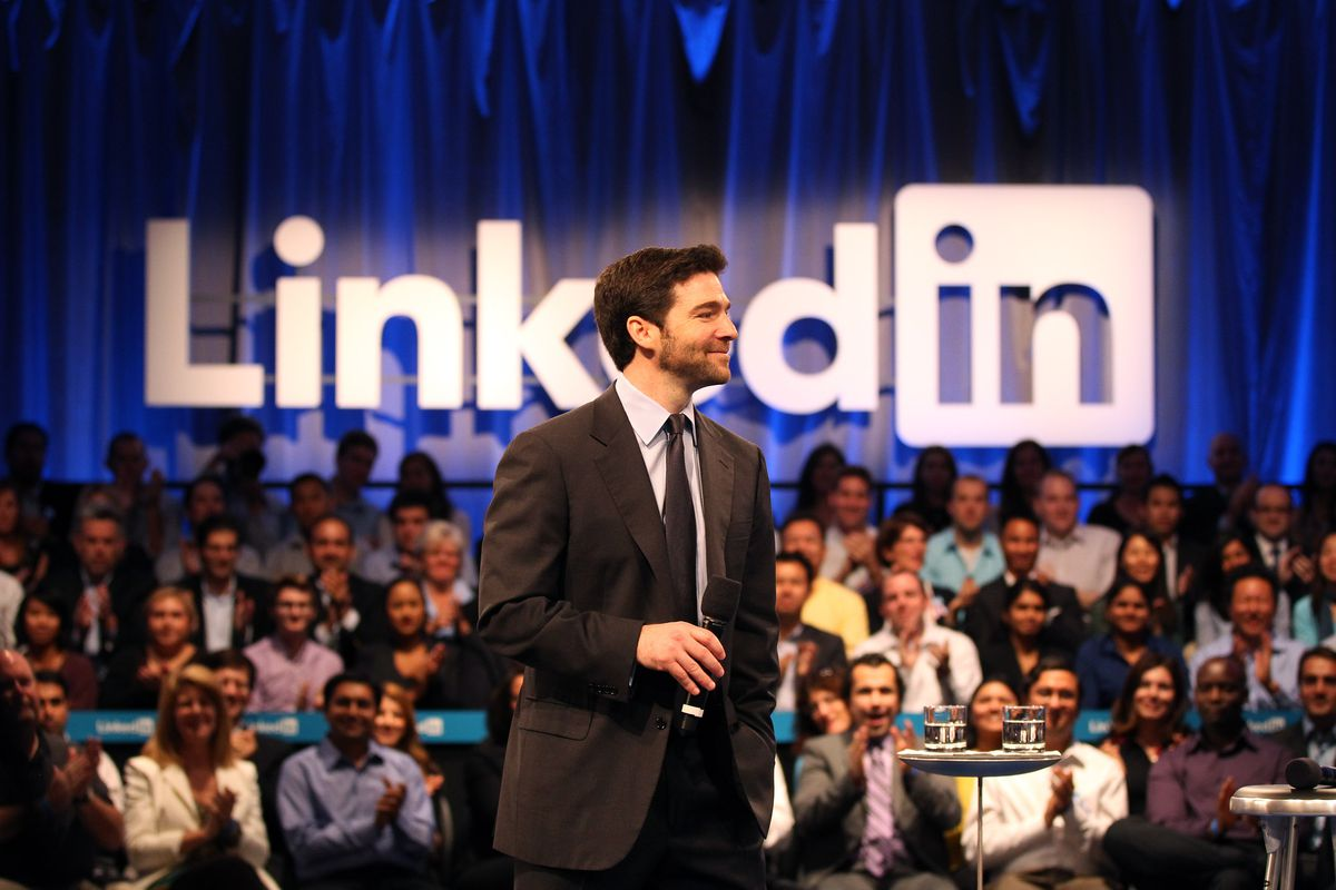 LinkedIn looks to grab users' attention with new curated Trending Storylines