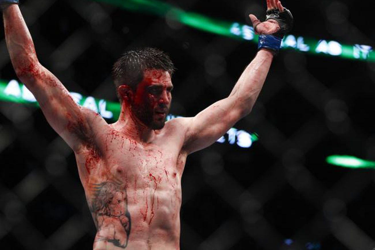 Former foe, Carlos Condit, supports Tyron Woodley's chase for 'big money' fights