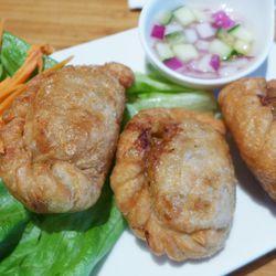 Curry puffs at Corthaiyou