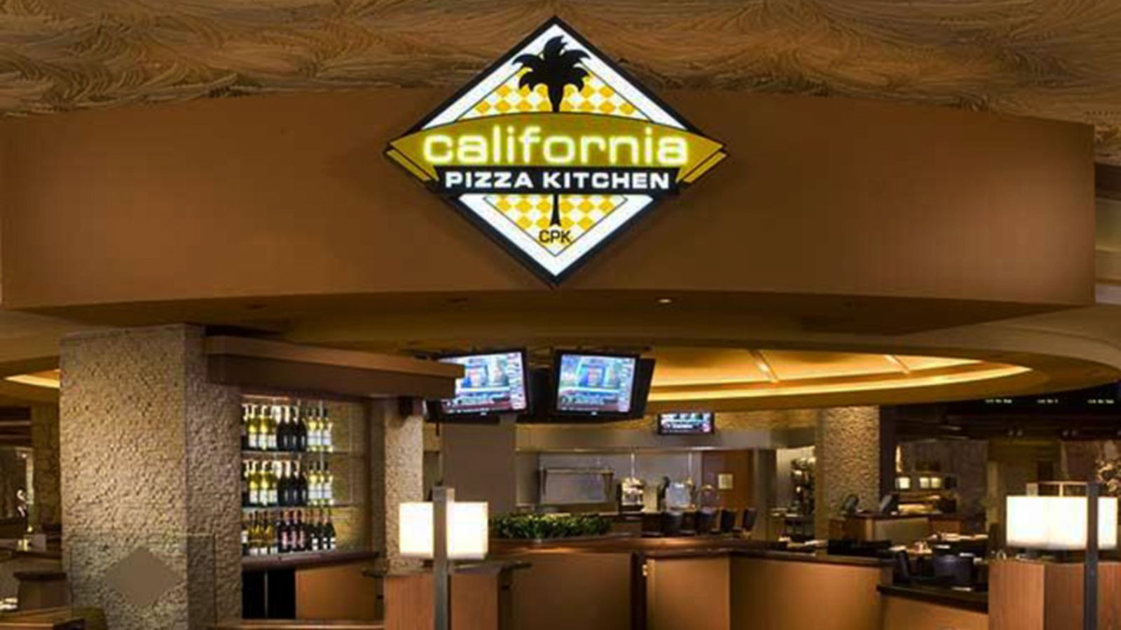 California Pizza Kitchen Returns To The Mirage Next Week Eater Vegas
