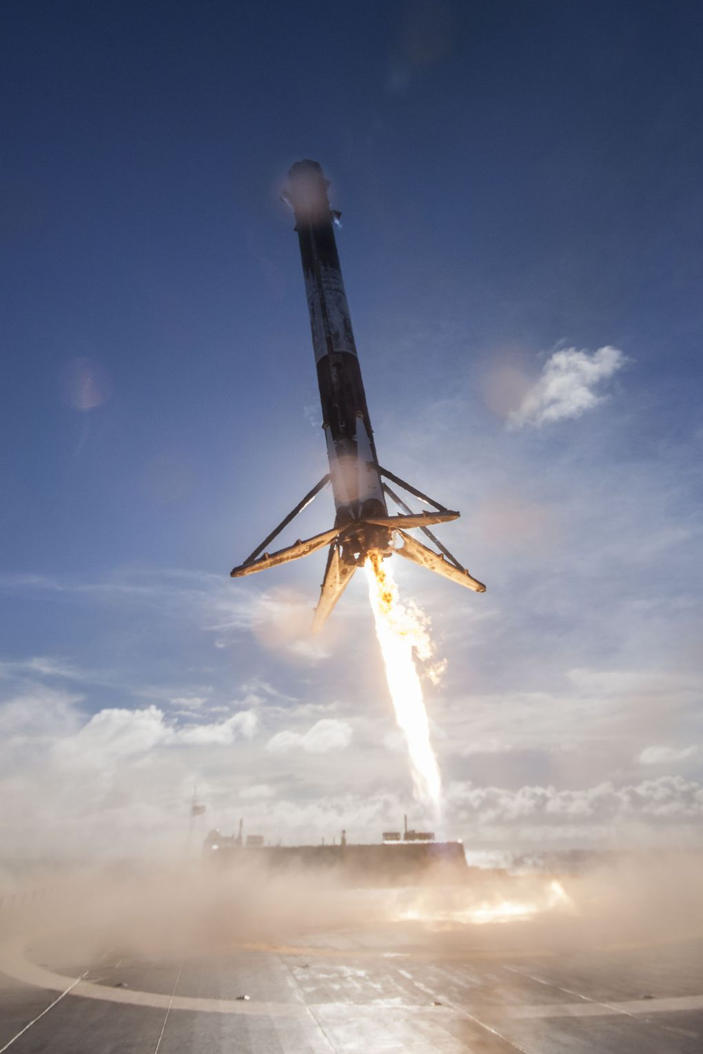 space vehicle falcon 9 - photo #43
