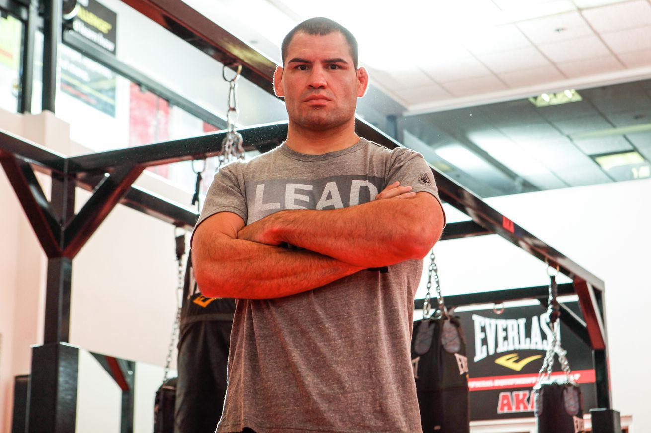 community news, Alistair Overeem: Cain Velasquez just lost, hasnt won since 2013    why is he ranked No. 2?