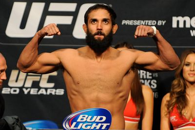 Mike Dolce: Johny Hendricks mistreating his body in the offseason finally caught up to him