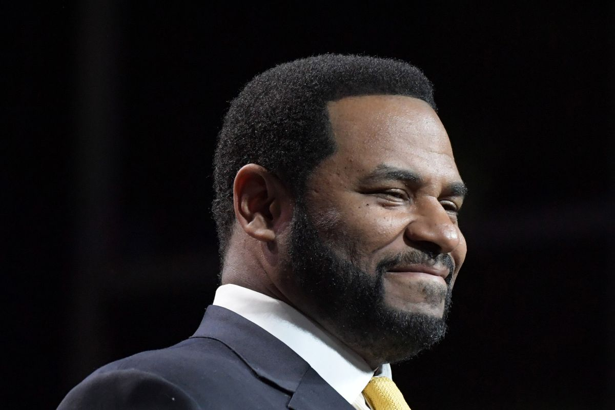 Report has National Football League analyst Jerome Bettis as another of the ESPN layoffs