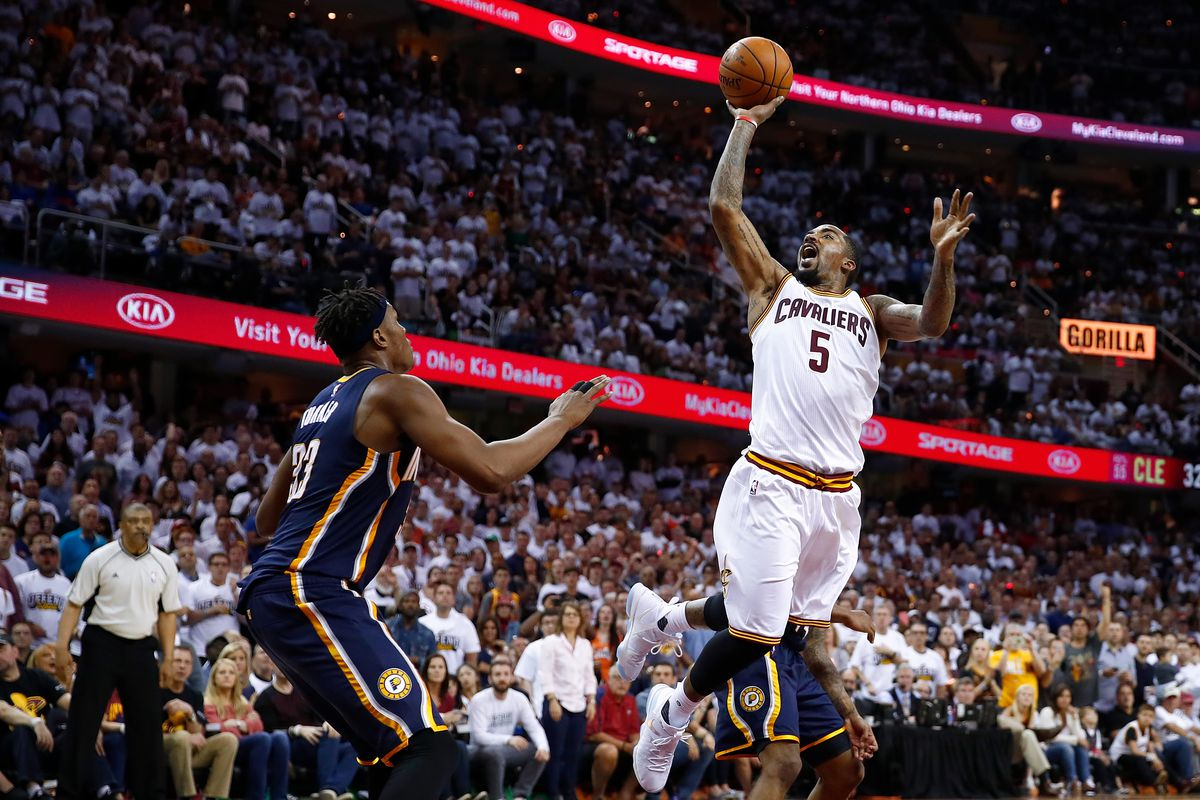 Cavaliers hold on to beat Pacers in Game 2