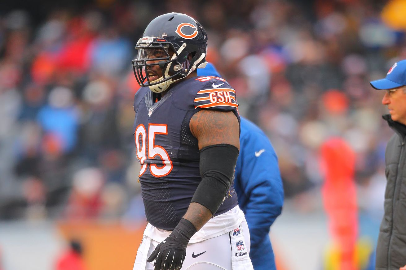 Cheap NFL Jerseys Online - Chicago Bears place Ego Ferguson on Injured Reserve, sign DL Bruce ...
