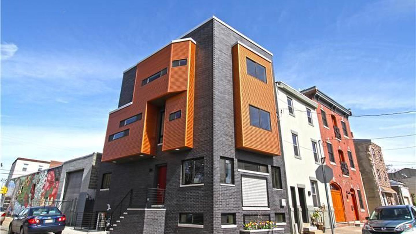 Four story corner fishtown home sold in a hot second for Fish town philadelphia