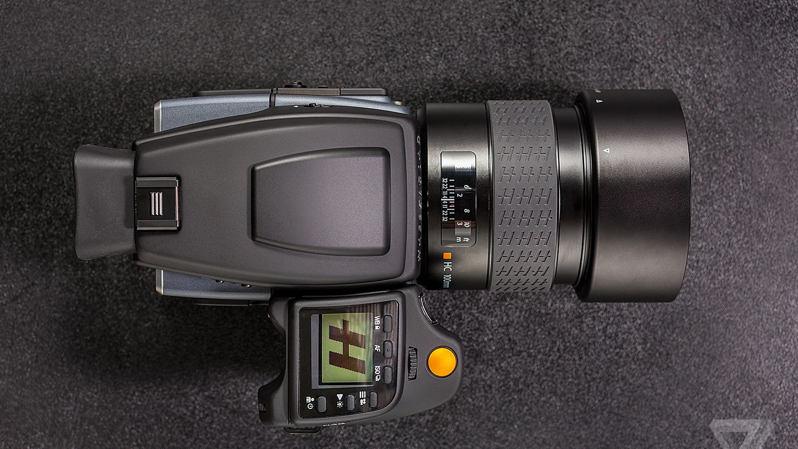 Hasselblad's new H6D is a return to form and a look toward ...