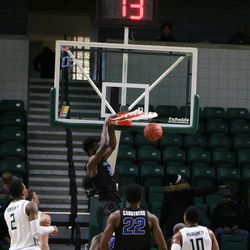 Nick Perkins laying down the dunk.