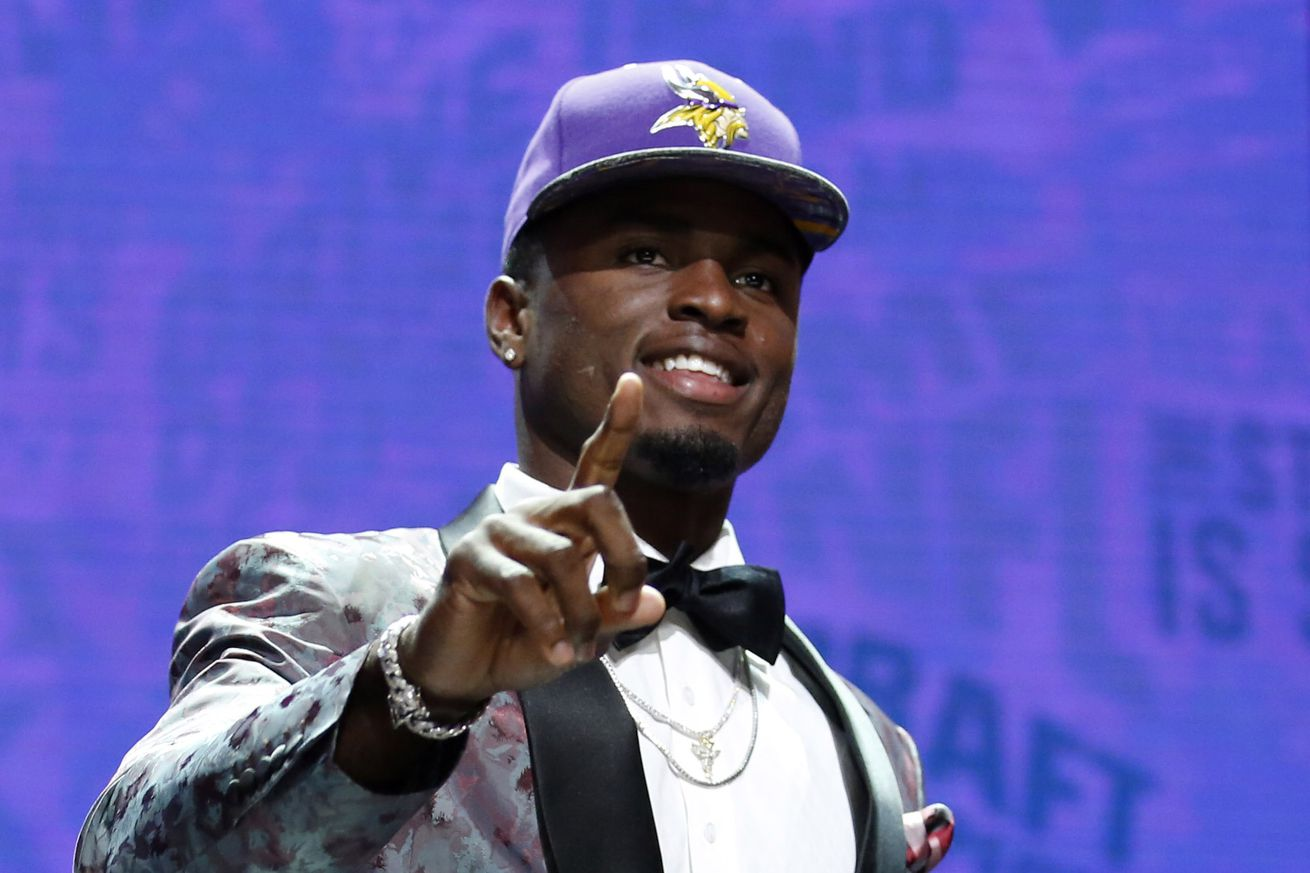 Minnesota Vikings first-round pick Laquon Treadwell signs contract