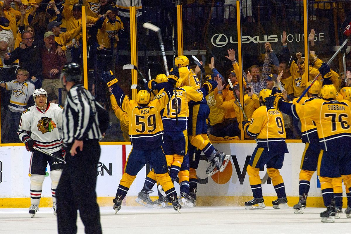 Predators beat Blackhawks 4-1 to complete sweep